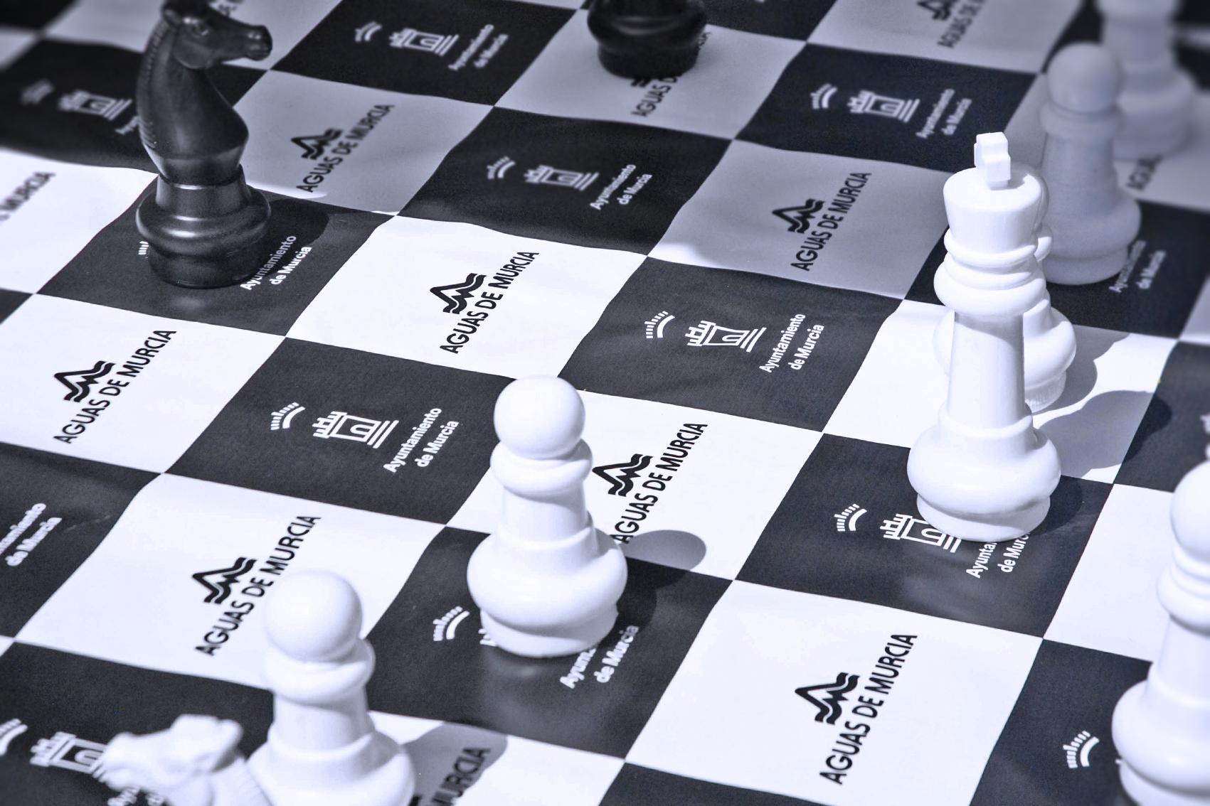 Juego-ajedrez-día-de-la-región