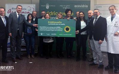 """Junto a Ecovidrio y Afacmur, cumplimos el """"Vidriosueño"""" de decorar las paredes del Hospital Infantil Virgen de la Arrixaca"""